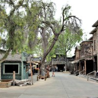 7 Perks for Knotts Berry Farm Season Passholders + Giveaway!