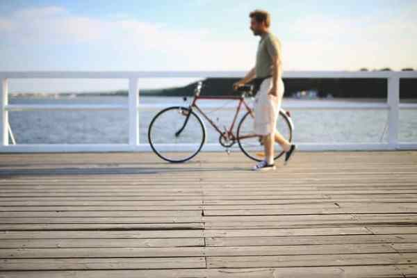 How Cycling Helps to Quit Smoking