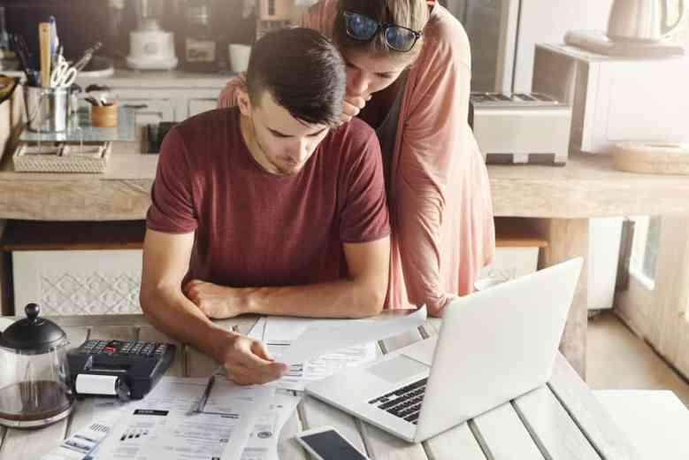 consigli per la gestione del denaro per gli studenti universitari