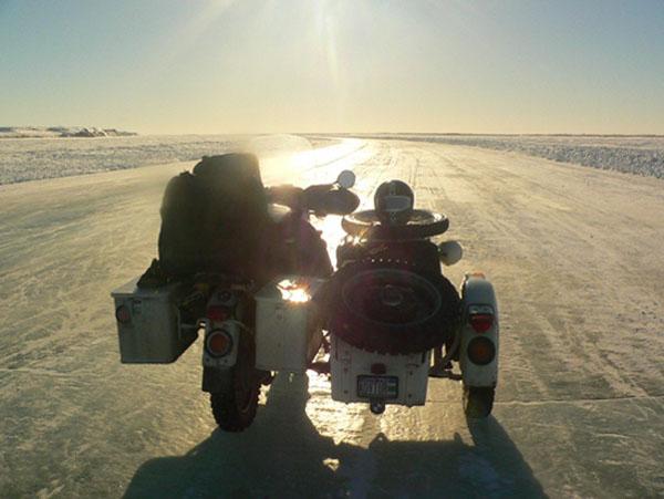 Hubert Kriegel - Ice Road - Inuvik - Turktoyaktuk