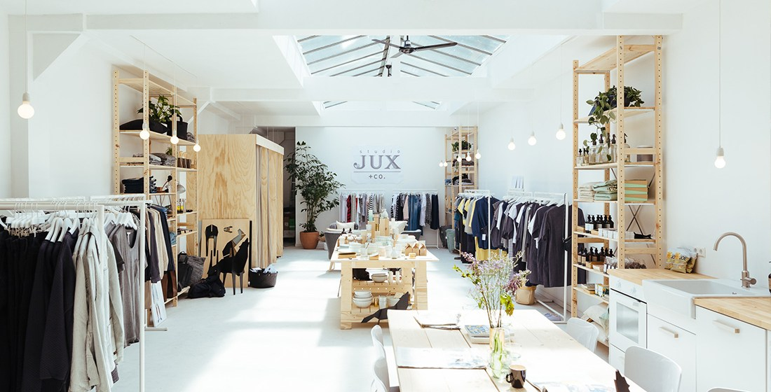 JUX Ambassador Amsterdam (on-call worker) – studio JUX + co.