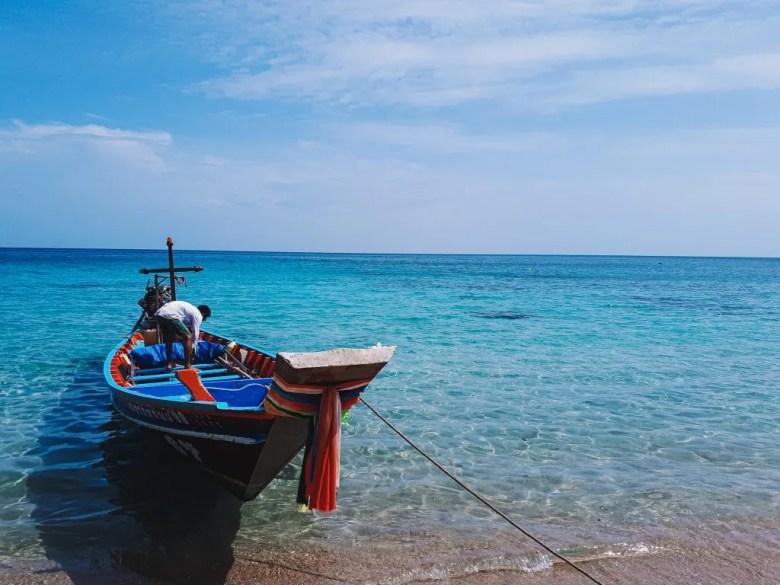 Private long tail boat to Maya bay.