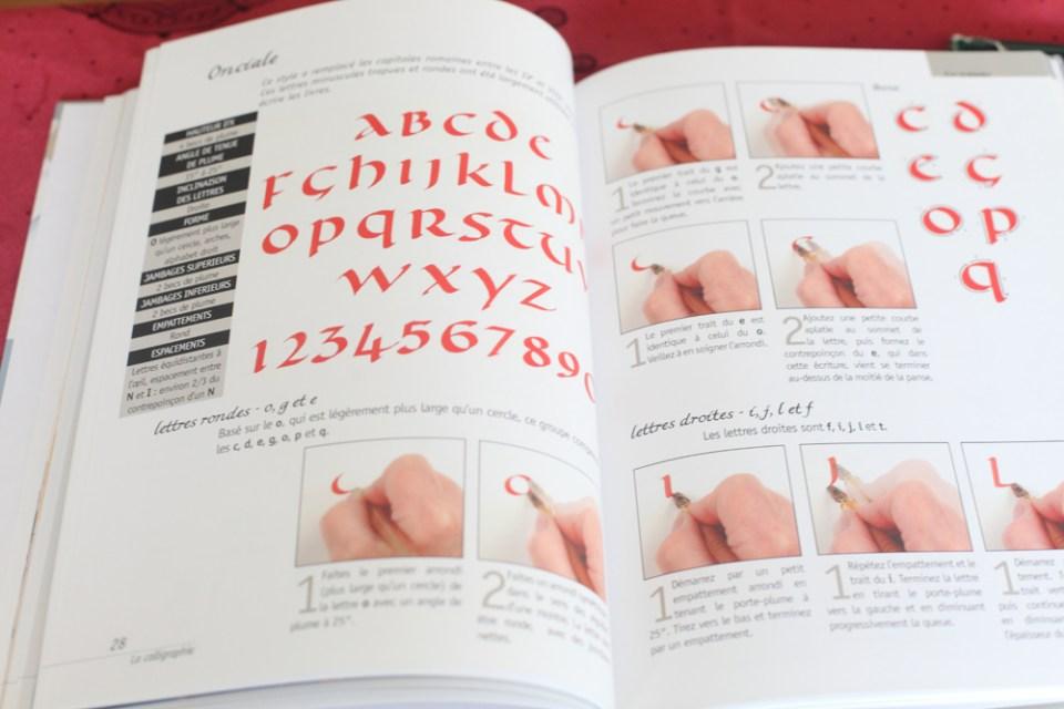 livre d'apprentissage de la calligraphie