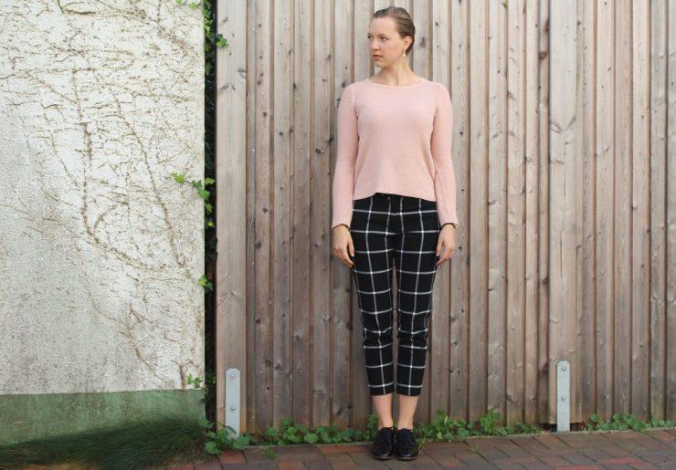 lettersbeads-karierte-hose-perfekter-pullover-fashion-2