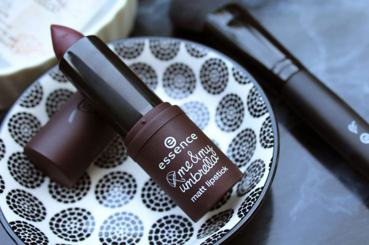 lettersbeads_essence-under-my-umbrella-lippenstift-beauty-review