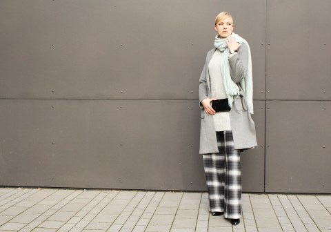 letters&beads-fashion-oversized-lagenlook-in-grau-schattierungen_1