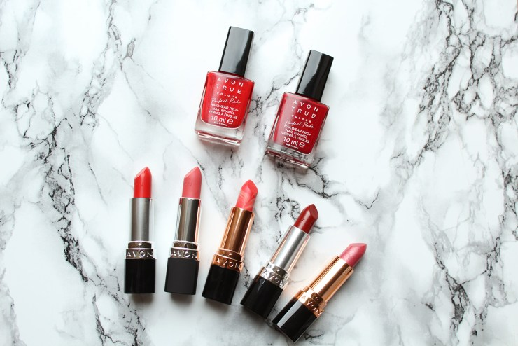 letters-beads-beauty-give-away-verlosung-Avon TRUE COLOUR PERFECT REDS-paket-for-fair-ladies