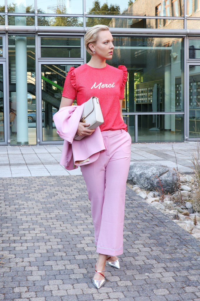 letters_and_beads_fashion_berlin_fashion_week_outfit_pink_suit_1