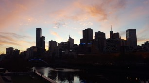 Sun sets in Melbourne