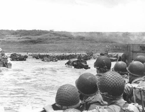 American Soldiers Land On Normandy Beach, June 6th, 1944