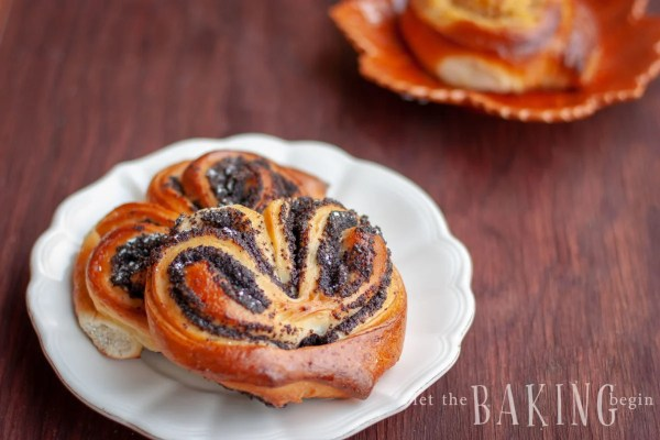 Poppyseed Pastry Buns