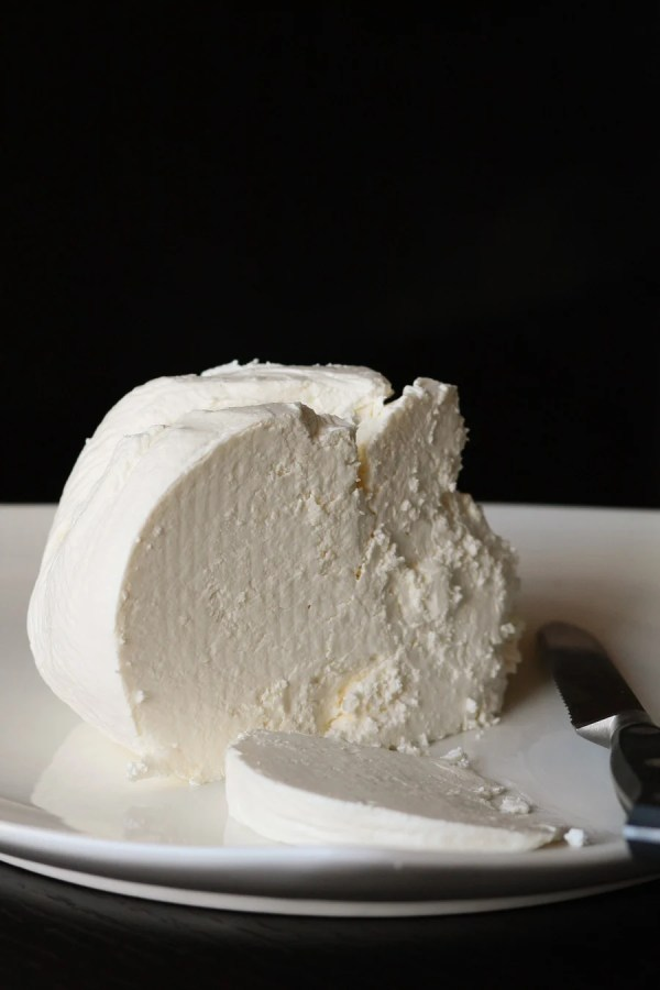 Make your own Homemade Fresh Farmer's Cheese...with only two natural ingredients, no preservatives and no nasty junk they seem to put in everything these days. Get your dose of calcium, tastiest way possible!