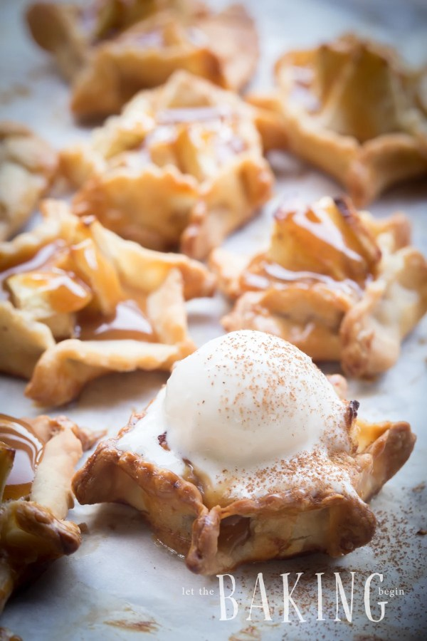 Delicious apple dessert, mini apple pie bites with a cinnamon apple filling. Another great recipe to add to your list of apple recipes!