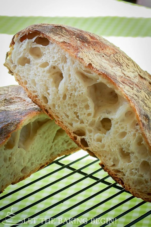 Beautiful Artisan bread with minimal effort? yes please! No bread will be easier to make than this one!   by LetTheBakingBeginBlog.com   @Letthebakingbgn