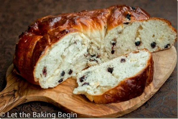 """White Chocolate & Blueberry Bread Wreath - Inspired by """"Red White & Blue Bread"""" from Great Harvest, this sweet bread will be the perfect addition to your morning coffee!"""