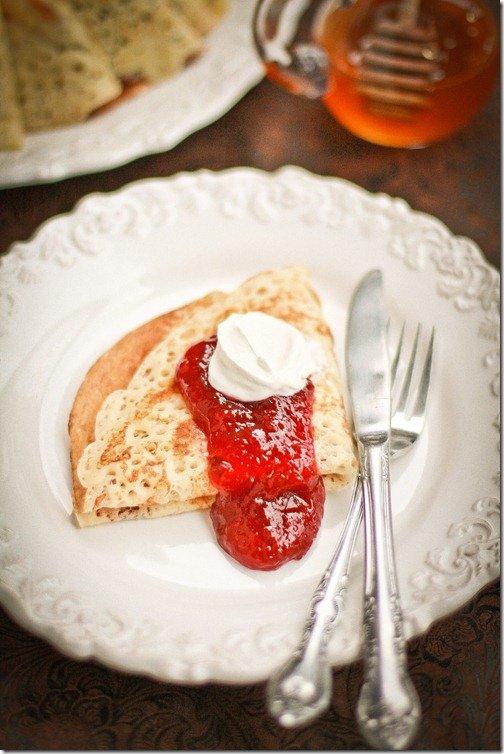 Russian Yeast Blinis | By LeTheBakingBeginBlog.com | @Lettthebakingbn