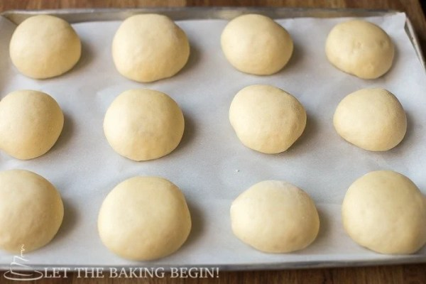 Wanna make the best burger ever? How about your start with the best vessel for your beefy patty – a homemade, soft, buttery and delicious burger bun? Click for easy to follow step by step pictures and instructions!