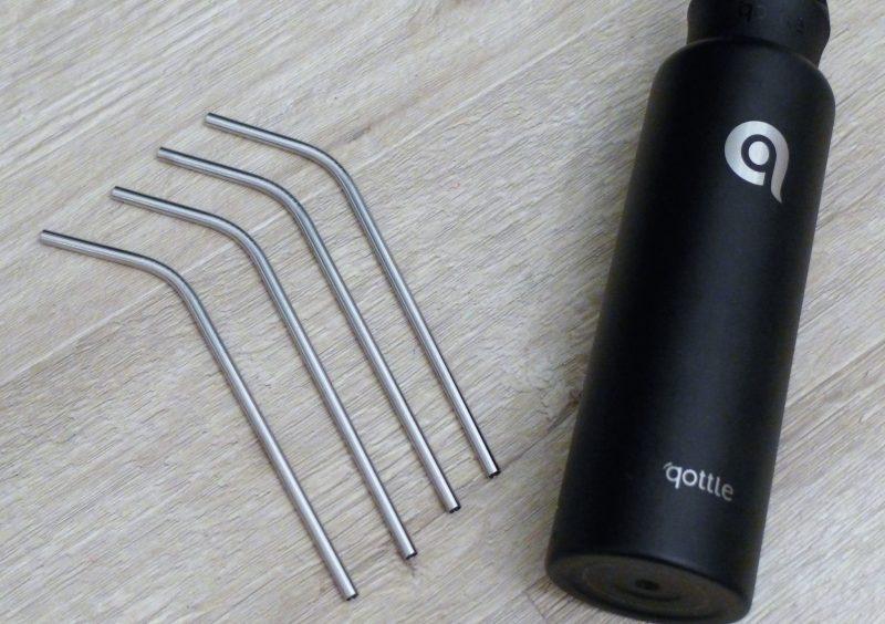 reusable bottle and straws. Stainless steel black Qottle