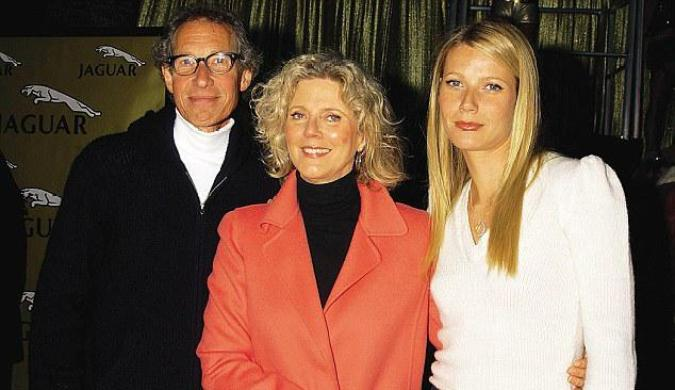 Gwyneth Paltrow with her mother and father...