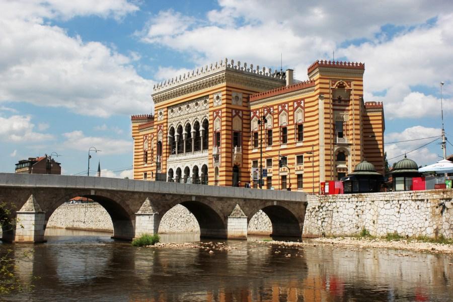 Sarajevo: la biblioteca Vijecnica