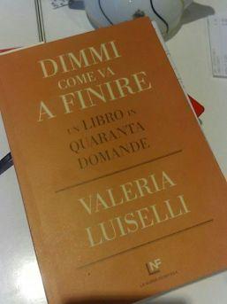 Il libro di Valeria Luiselli: dimmi come va a finire
