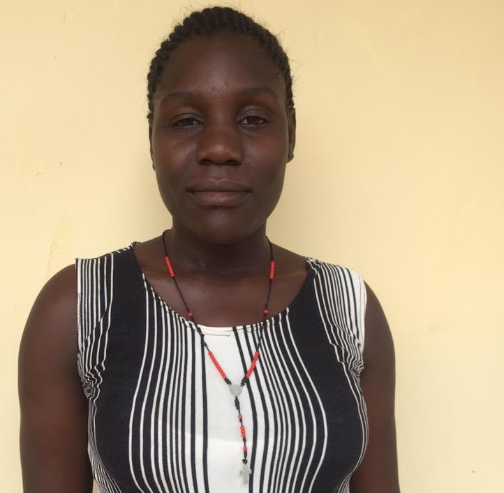 Apino Jackylin is a resident of Kyarusozi. She completed her Diploma in Clinical Medicine from Kabaale Institute of Health Science in 2019. Once she receives her official documentation, she will begin working as a nurse.