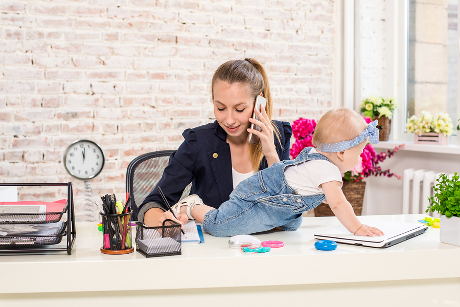 5 Ways to Organize Your Life as a Working Mom and Stay Ahead of the Chaos