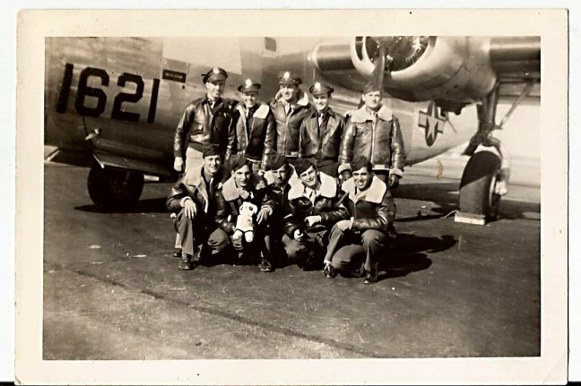 dwain kantor air force group shot 1940s1