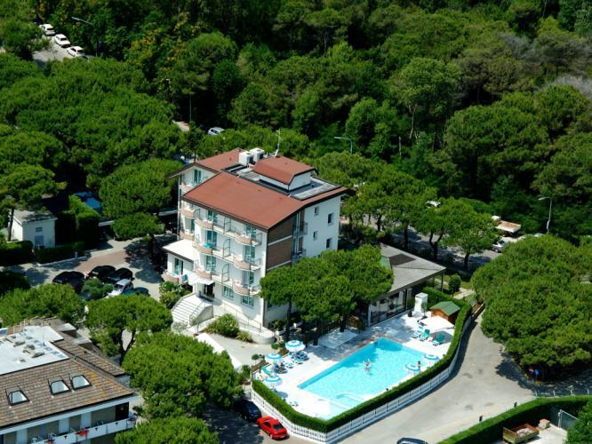 Hotel 4 stelle fronte mare Jesolo Bauer