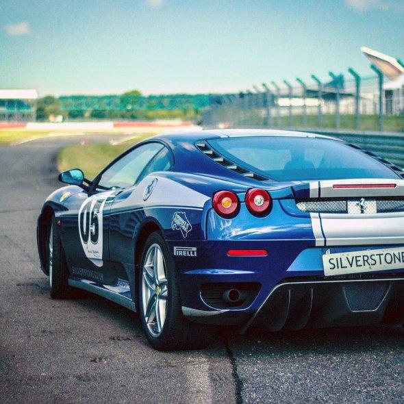 Case da fare per appassionati di auto e guida sportiva
