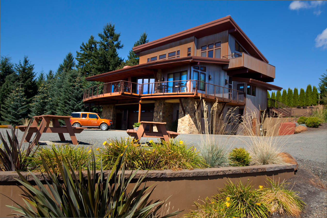 Northwest-Contemporary home in Portland