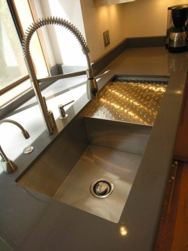Northwest-Modern kitchen sink