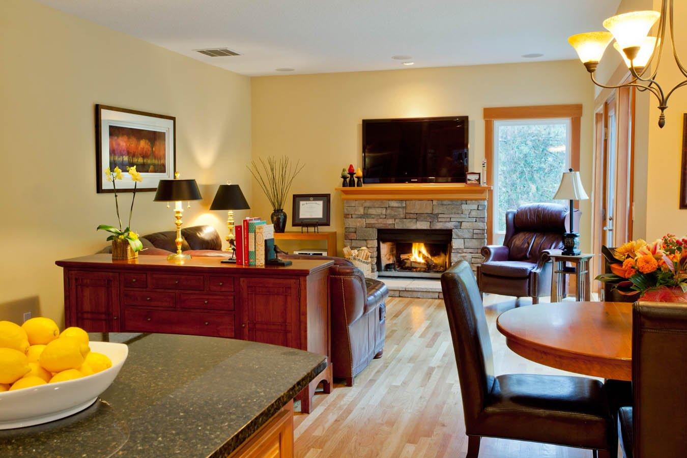 Traditional living room renovation