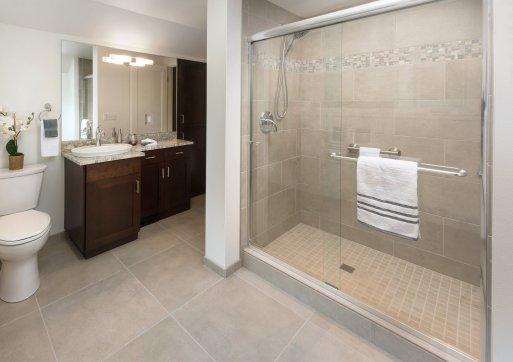 Green Bluff Bathroom 1