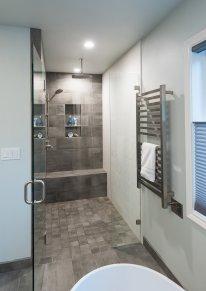 Hartung Farm Bathroom 3