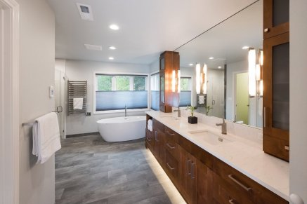 double sink master bath with lighting