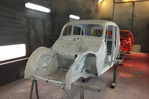 Moskvitch M401 1955 a. taastamine