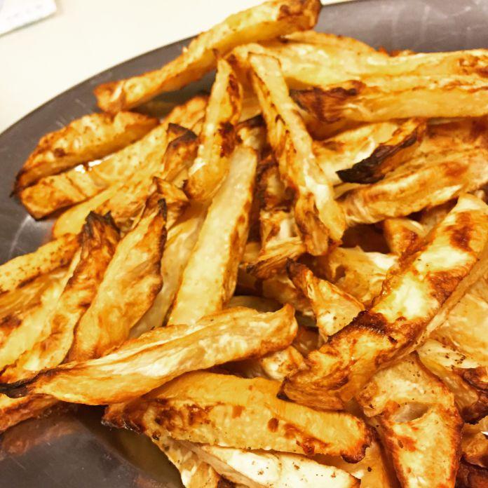Smørbagte knoldselleri fritter