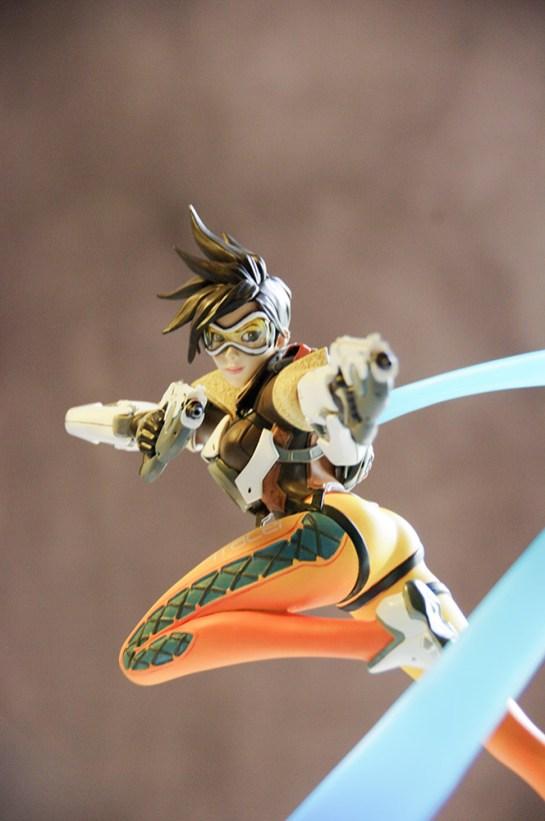 Figurine Tracer 4