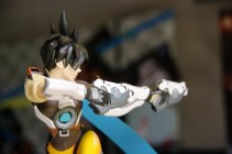 Figurine Tracer Front 2