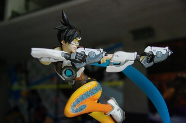 Figurine Tracer Front 1