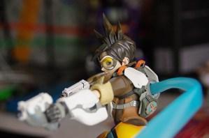 Figurine Tracer Back 1