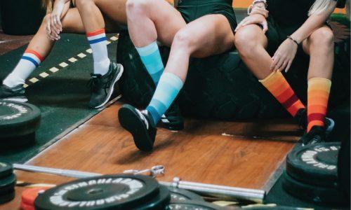 Calcetines deportivos en un box de crossfit
