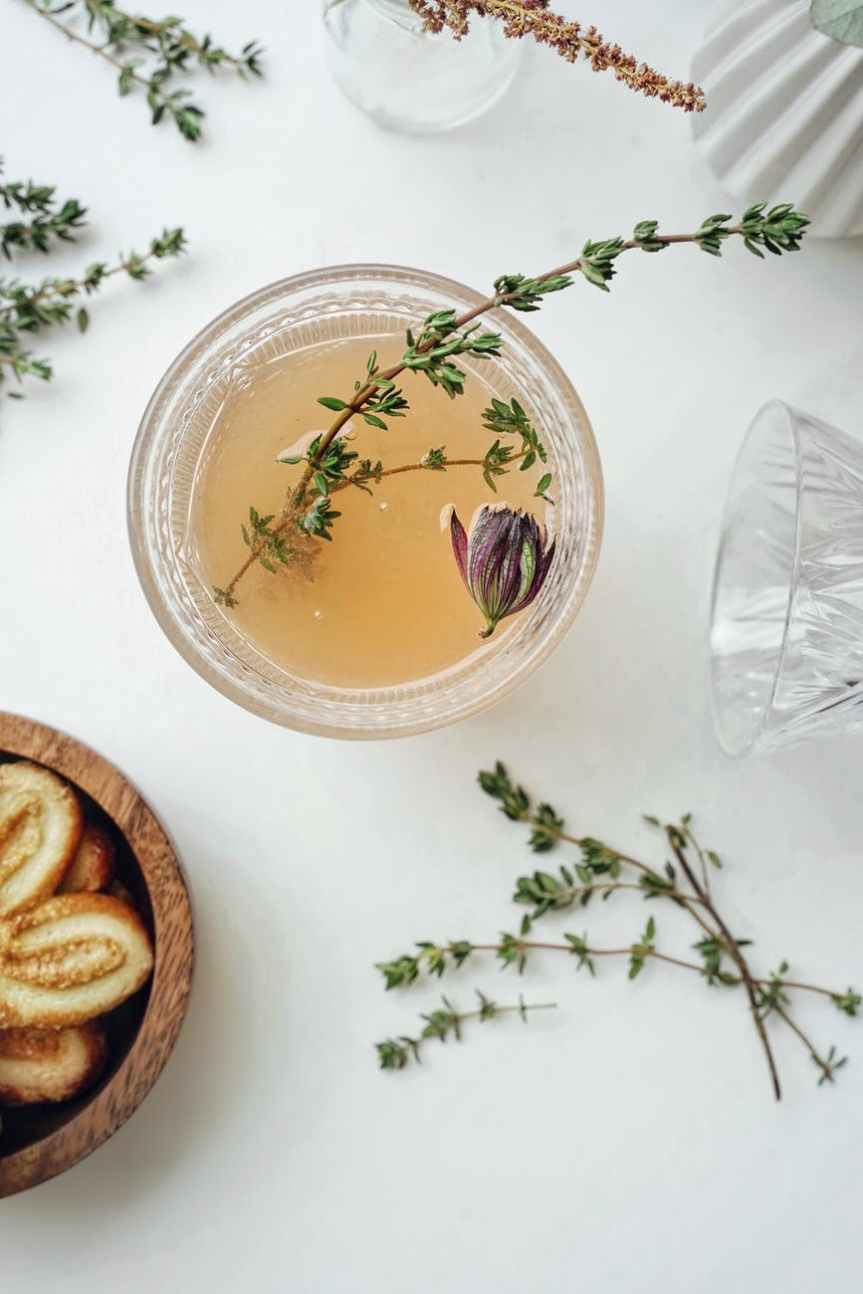10 Herbs, Roots, and Flower Ideas to Make Your Own Homemade Tea