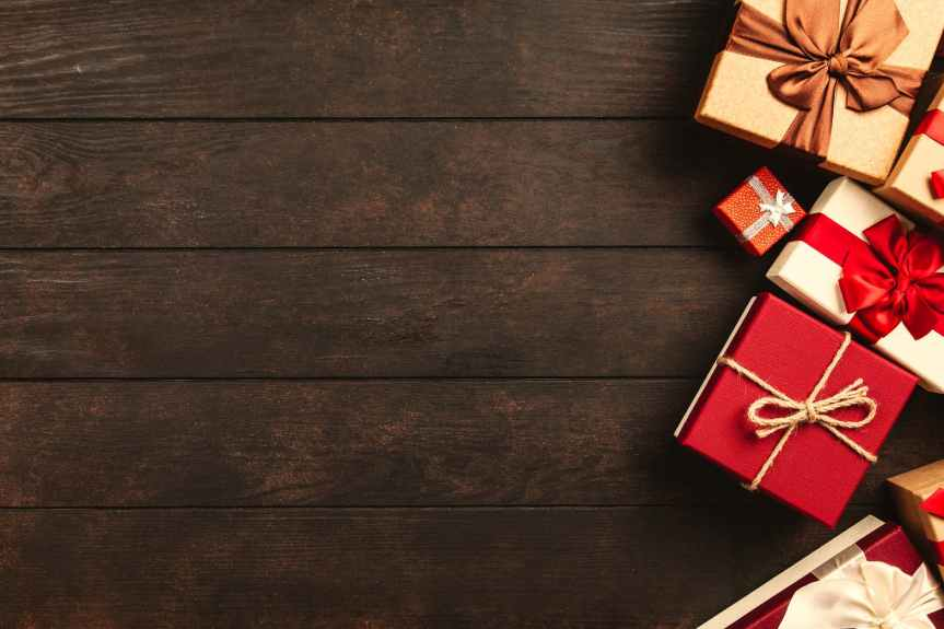 20 Great Gifts to Reward Your Employees | Leverage Ambition