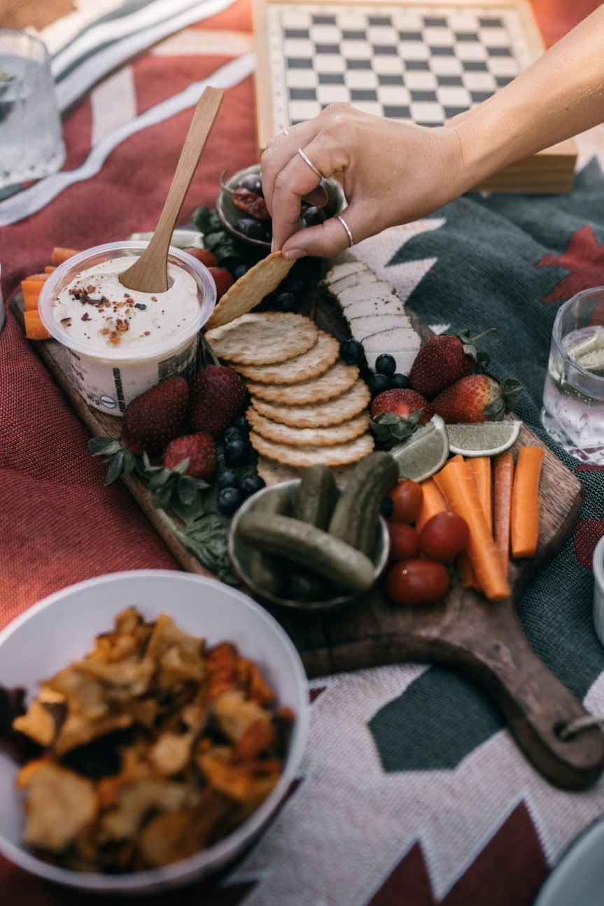 25 Easy Picnic Ideas to Pack for the Park | Leverage Ambition