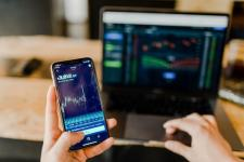Trading charts on mobile
