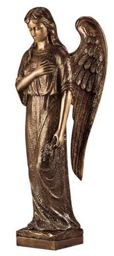 Angel with hand on Heart 3258