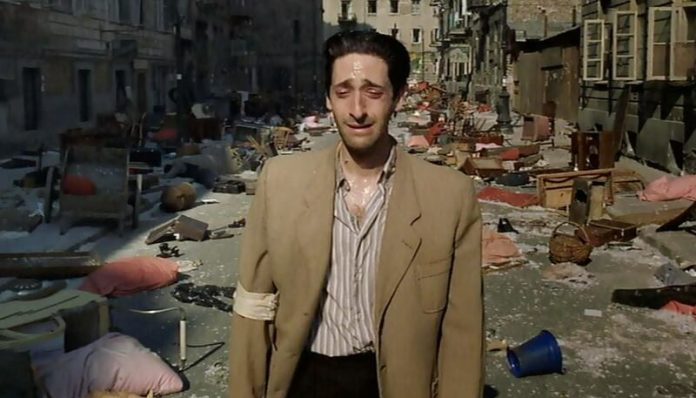 "Imagine din filmul ""The Pianist"" (2002)"