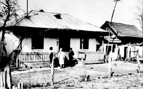 Casa natală a lui Marin Preda din Siliştea-Gumeşti. Foto Arhiva Muzeul Naţional al Literaturii Române